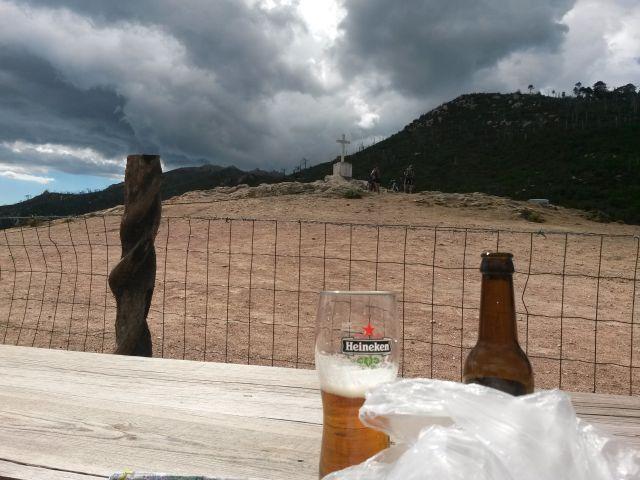 Ein Demis ist etwa eine drittel Bierlänge...