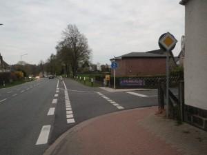 Jau, kommense. Das Schild steht aber sicherheitshalber erst in Kutenhausen.