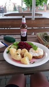 Bier, Fleisch, Kartoffeln und das ewige Ei